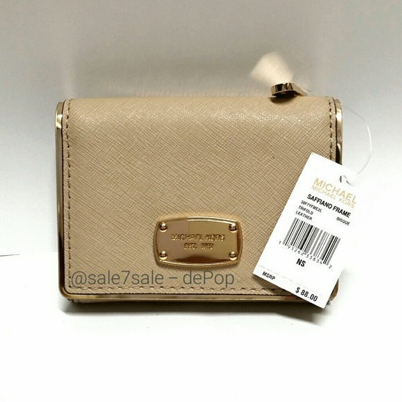 971b433abf92e3 M_5a4357c6077b97c50f087265. Other Bags you may like. 🆕 Michael Kors ...
